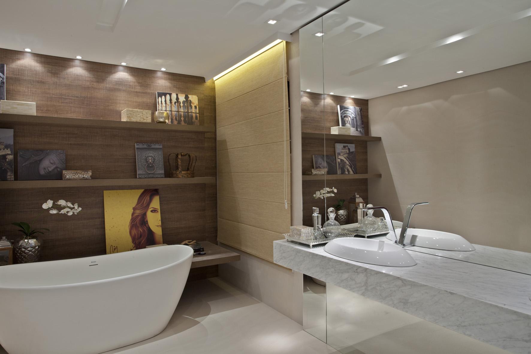 Banheiros com papel de parede Imagens #81744A 1772 1181