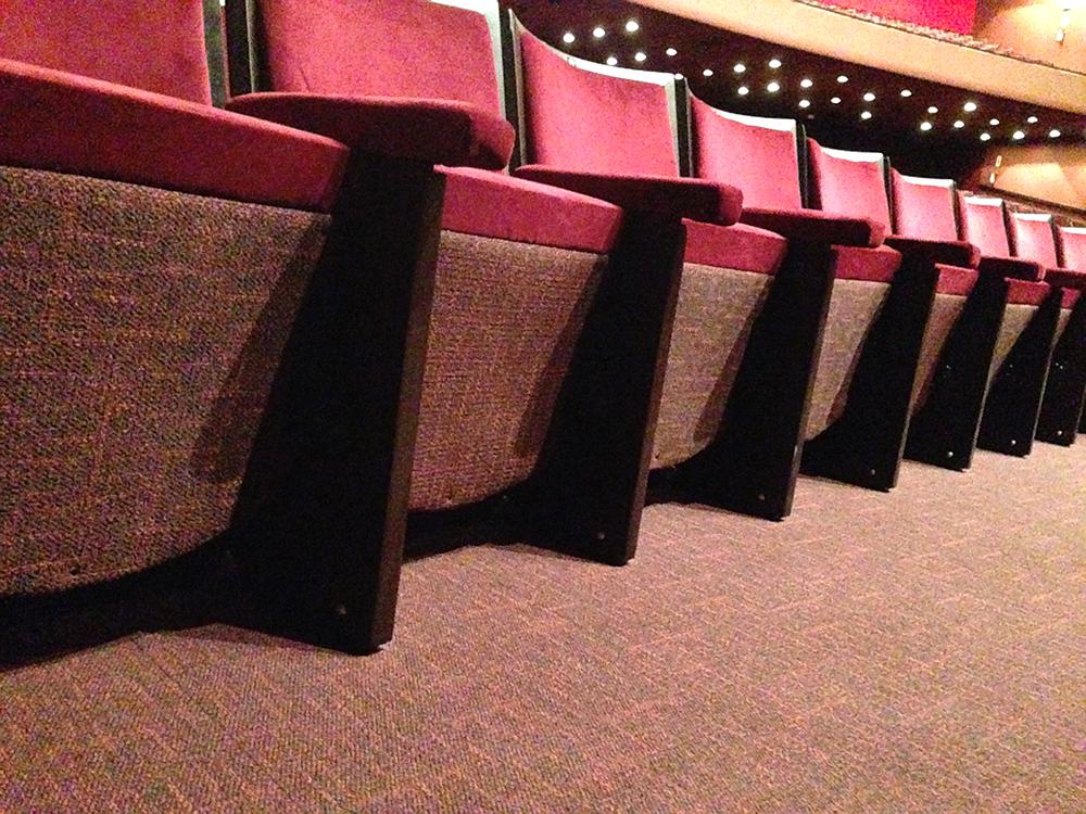 Teatro De Curitiba 233 Restaurado E Recebe Carpetes Beaulieu