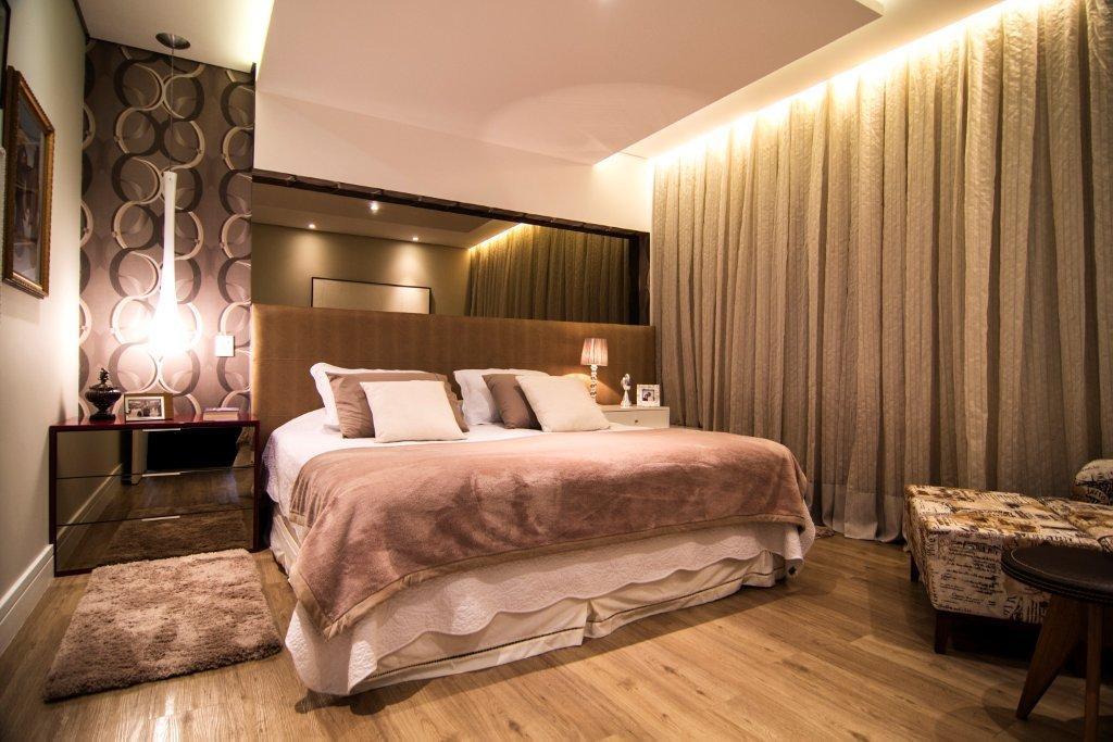 Casa de estilo contemporâneo com revestimentos de alto  ~ Quarto Rustico Contemporaneo